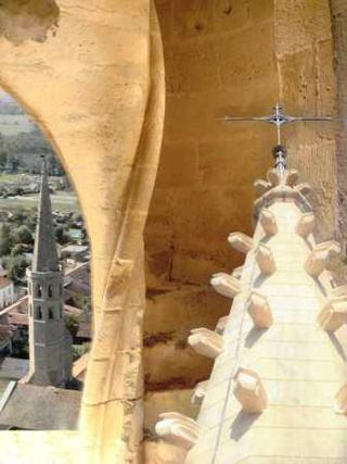 NDA montage escalier clocher vue cvt augustins compressé