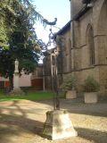 Vierge et croix de la place jardin Notre Dame 2