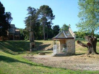 NDC pentecôte 09 vue pavillon et ensemble croix