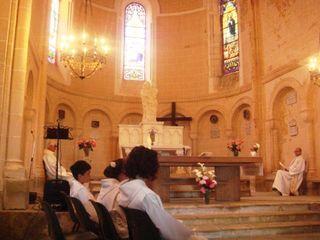 Communiants et prêtres comp