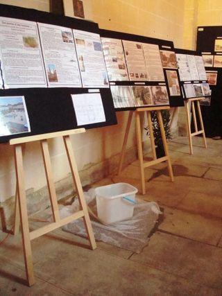 Chapelle 5 08 2012 prend l'eau 1 comp