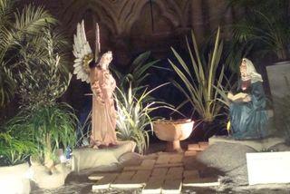 Crèche 2012 2 ange et Vierge Annonciation comp