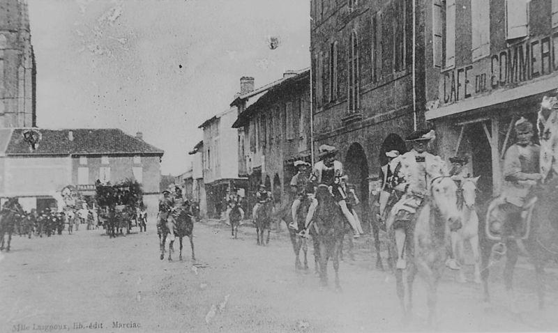 1 cpa Cavalcade 1  vers 1905  MS