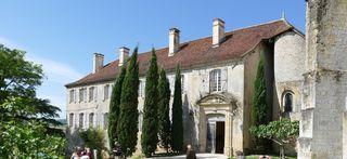 Prieuré façade est abbaye de 12 moines au XI