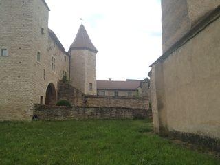 3 Blanot 6  Prieuré  Siège de la prévôté des moines de Cluny bis
