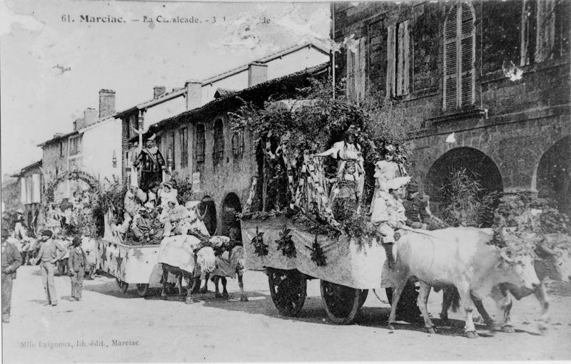 1 cpa Cavalcade 3 sud  vers 1905  MS