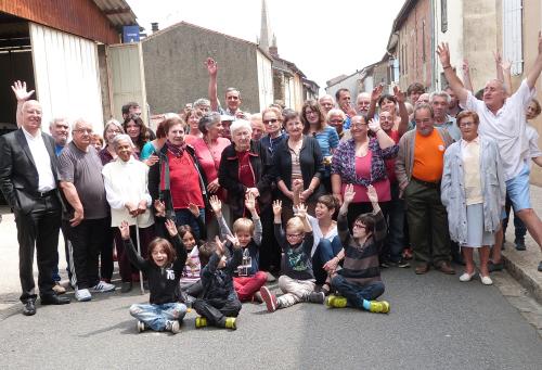 4 2016 fêtes de la rue Morlaas chez Roustaing