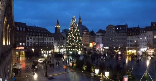 00 2020 12 12 grand sapin de Strasbourg